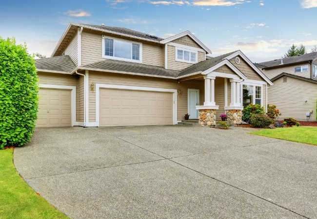 Effective Driveway Cleaning Strategies
